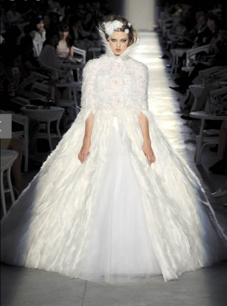 Chanel-couture-wedding-dress-fall-2012