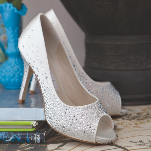 perfect wedding shoes orvieto