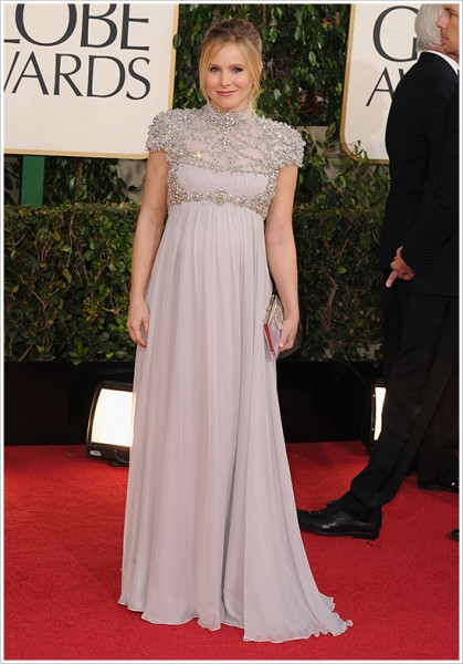 kristen bell golden globes red carpet looks