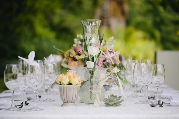 grey white pink table decor