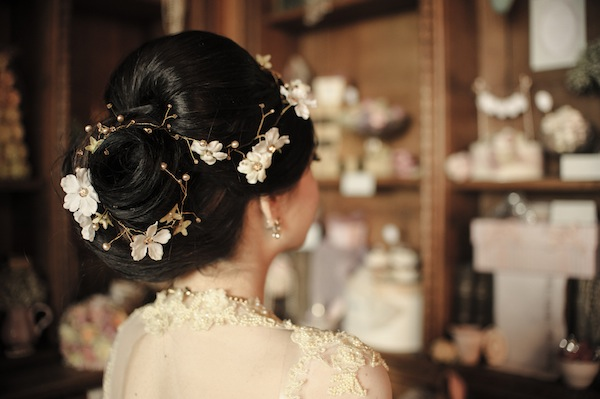 chic flower hairstyle