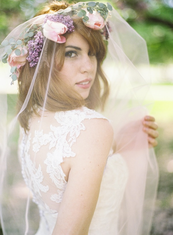 flower crown with veil