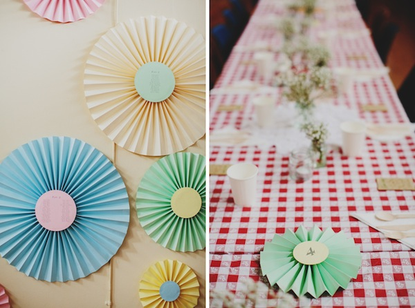 diy wedding fans paper wheels