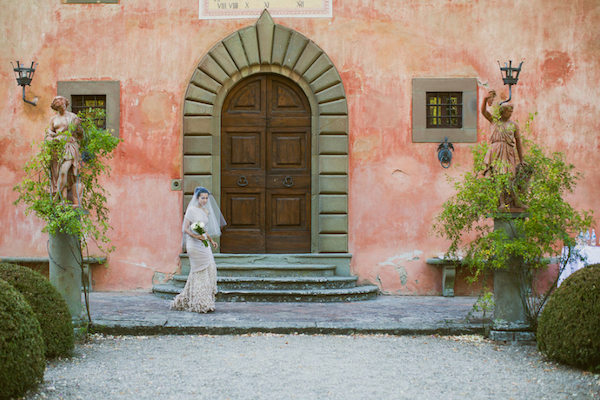tuscan wedding bride style