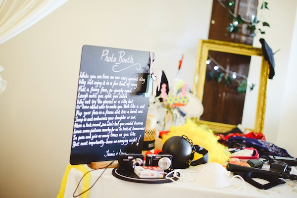 diy shabby chic wedding photobooth