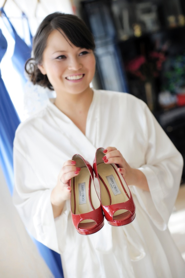 bride red shoes