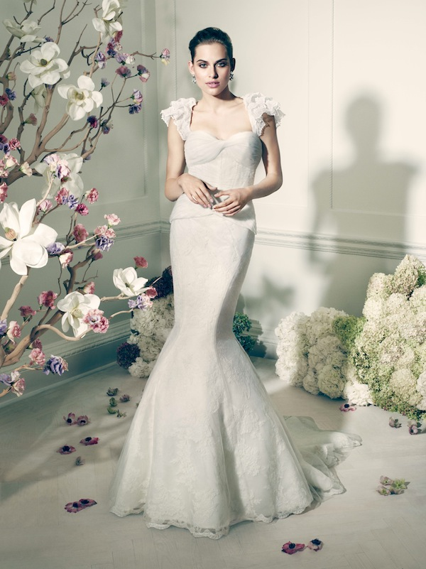 Thursday threads truly zac posen the bijou bride for Zac posen wedding dress price