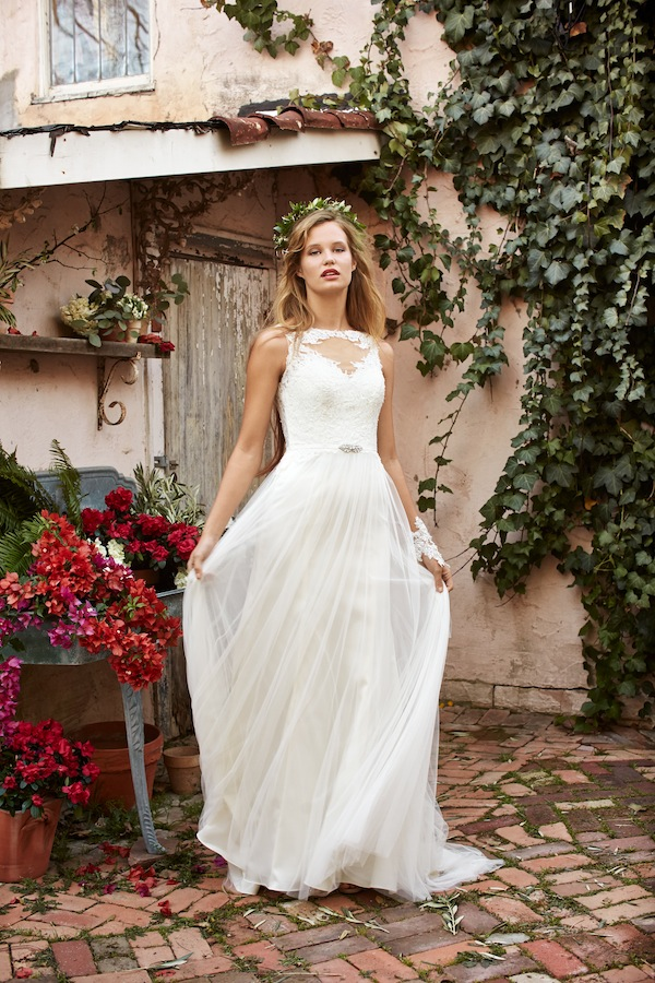 tiana wedding dress