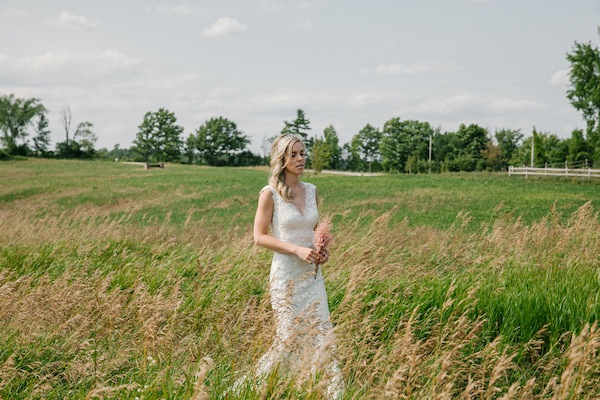 DEANNA'S ONTARIO BARN WEDDING