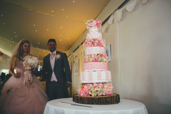 pink wedding cake ideas