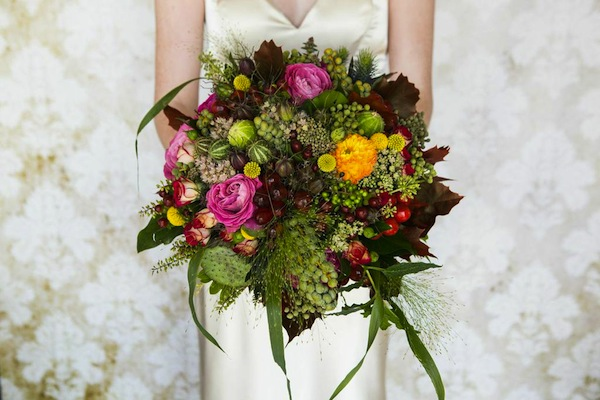 winter wedding flower trends red floral