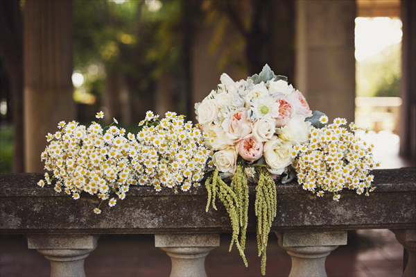 DIY boho wedding flowers