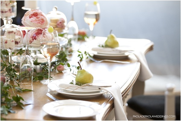 simple romantic wedding styling