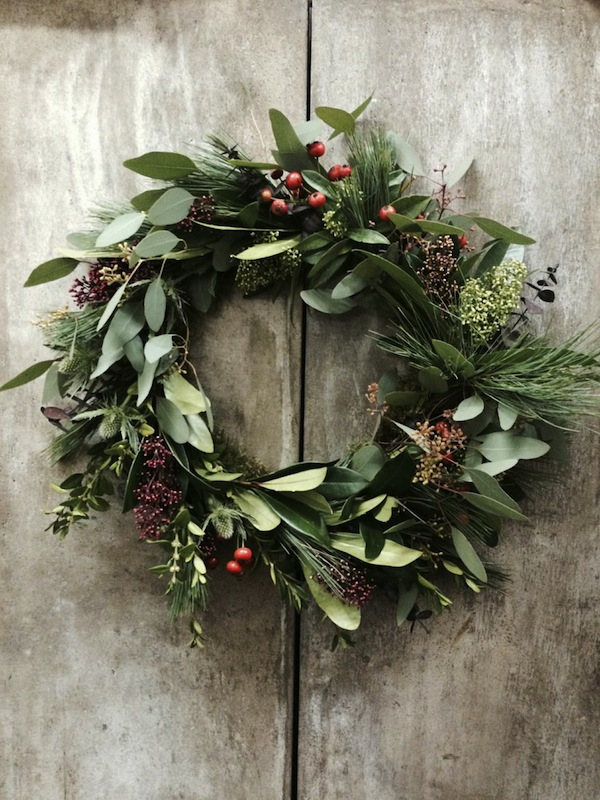 Diy Christmas Wreath Tutorial With Blue Sky Flowers The Bijou