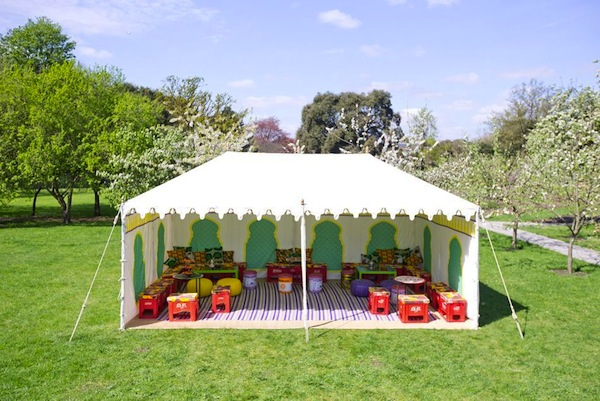 tent for dogs at wedding