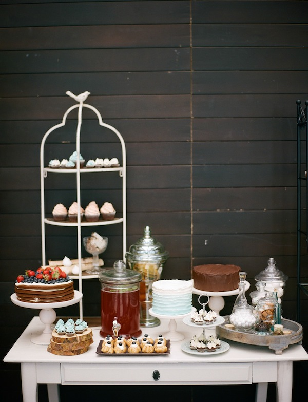 rustic wedding dessert buffet