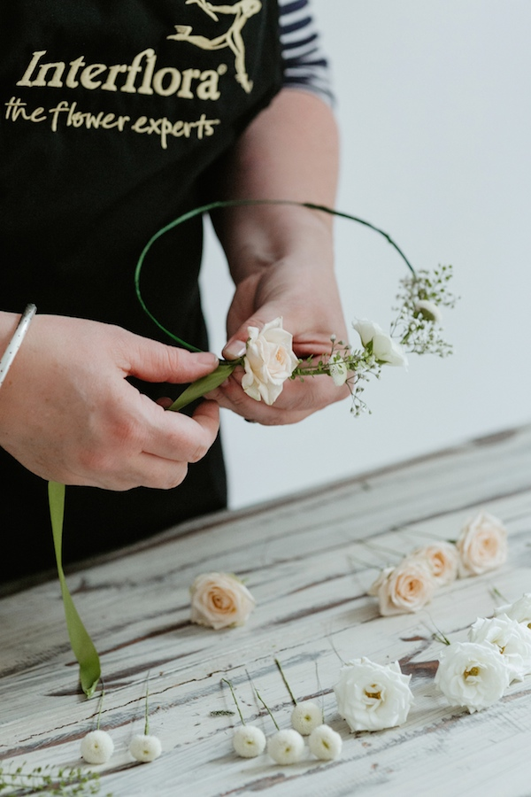 delicate flower crown DIY tutorial