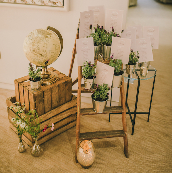 rustic luxe wedding stylist