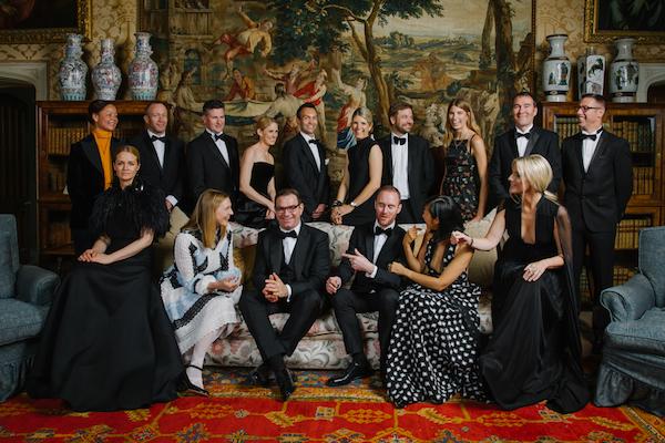 fashion wedding group photo, helen abraham photography, luxury wedding planning