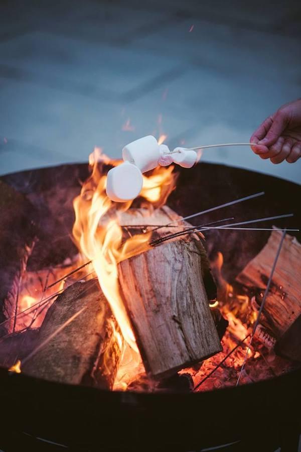 toast marshmallow wedding, cripps barn